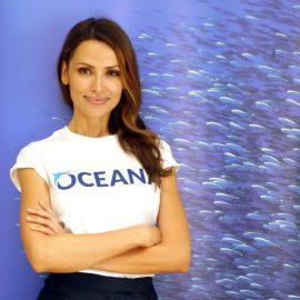 Almudena Fernández y Aritz Aranburu se unen a la campaña #StopOverFishing de Oceana