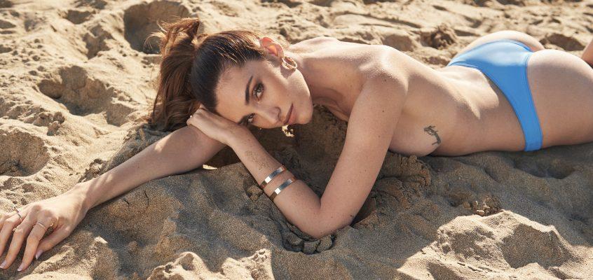 La modelo Celia Vallespir debuta en el diseño de moda de baño con su marca sostenible ECONAKED